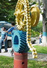20090710124305-escultura-ing.jpg