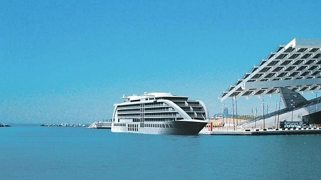 20121016105938-barco-fantasma-644x362.jpg